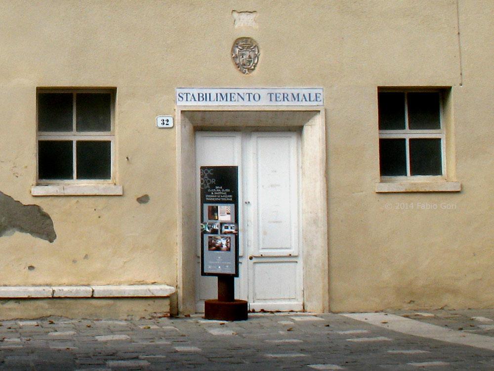 terme di bagno vignoni terme di santa caterina ingresso lo storico stabilimento termale santa caterina a gestione pubblico privata chiuso da tempo