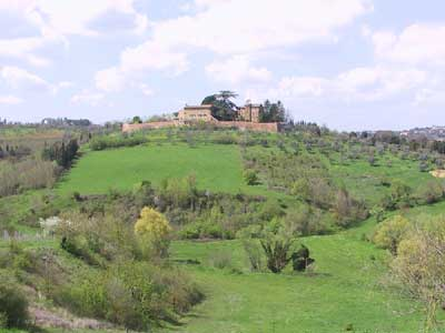 Country Holidays near Sienna. FarmHolidays La Torretta