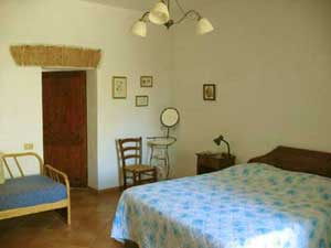 Sienna, Bed & Breakfast La Torretta. Farm Holiday near Sienna